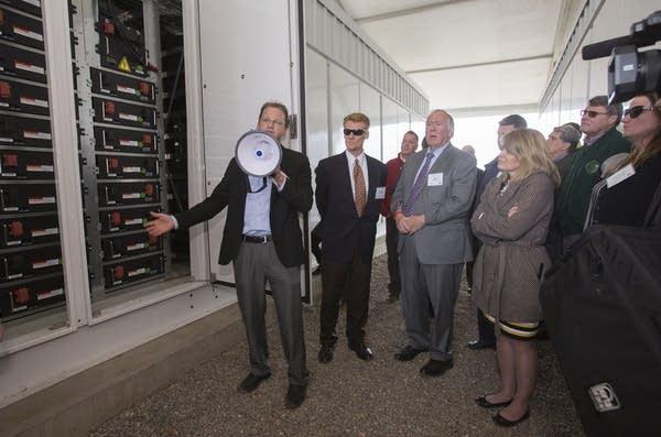 Jeff Plew, left, of Nextera Energy Resources.