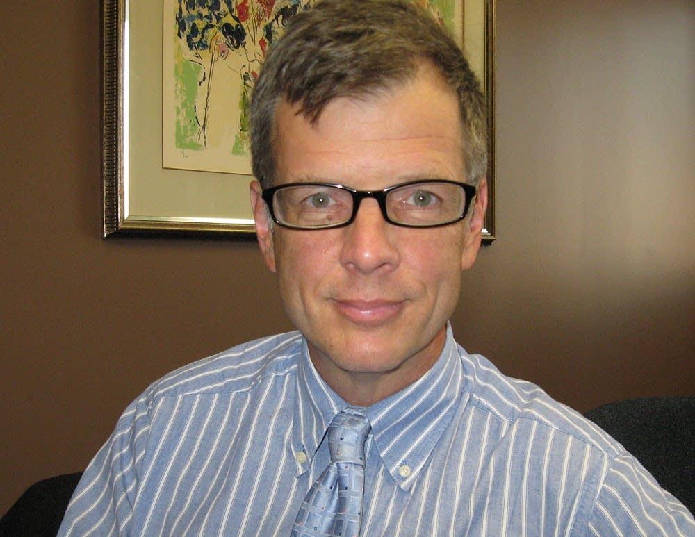 Dr. Timothy Cote