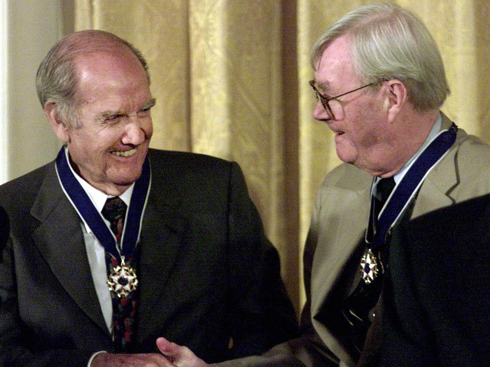 McGovern receives Presidential Medal of Freedom