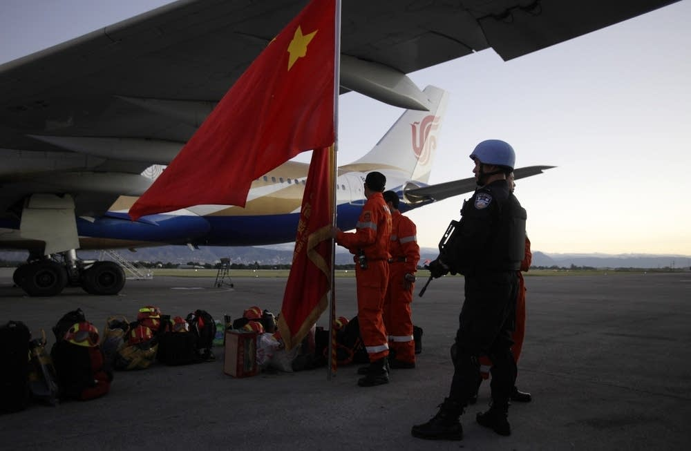 Chinese rescue workers