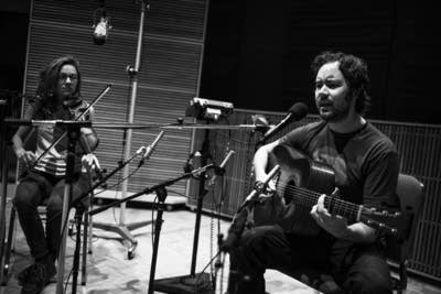 Mandolin Orange perform in the Radio Heartland studio