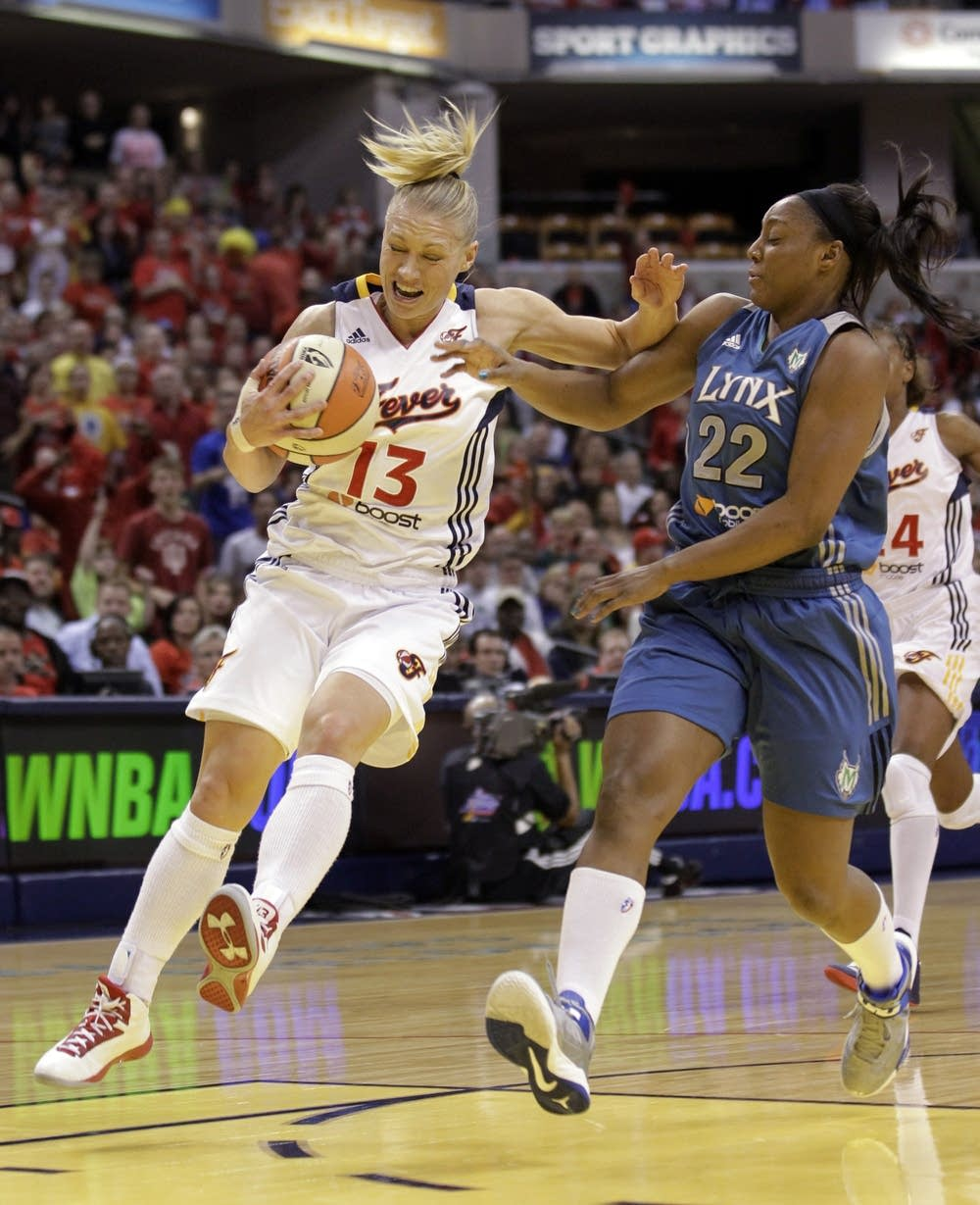 Monica Wright, Erin Phillips