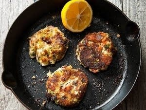 Smoked whitefish cakes