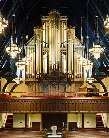 2001 Goulding & Wood organ (Opus 35) at Christ Episcopal Church,...