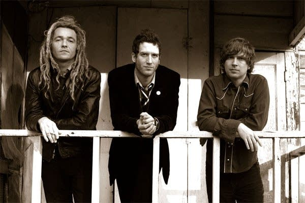 Members of Nada Surf