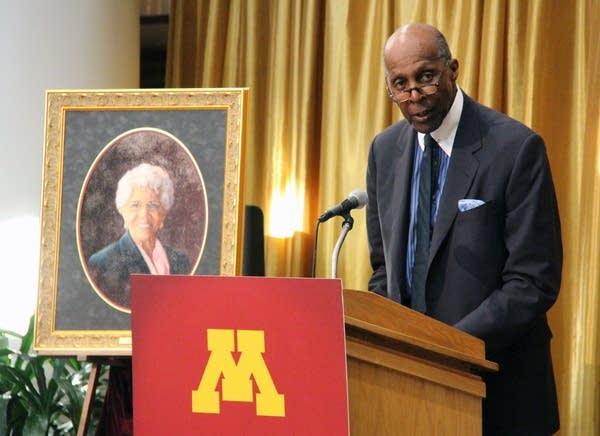 Civil rights icon Vernon Jordan speaks at an event honoring Josie Johnson.