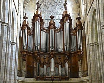 1774 Isnard organ at Basilique Sainte-Marie-Madeleine, Saint-Maximin-la-Sainte-Baume, France