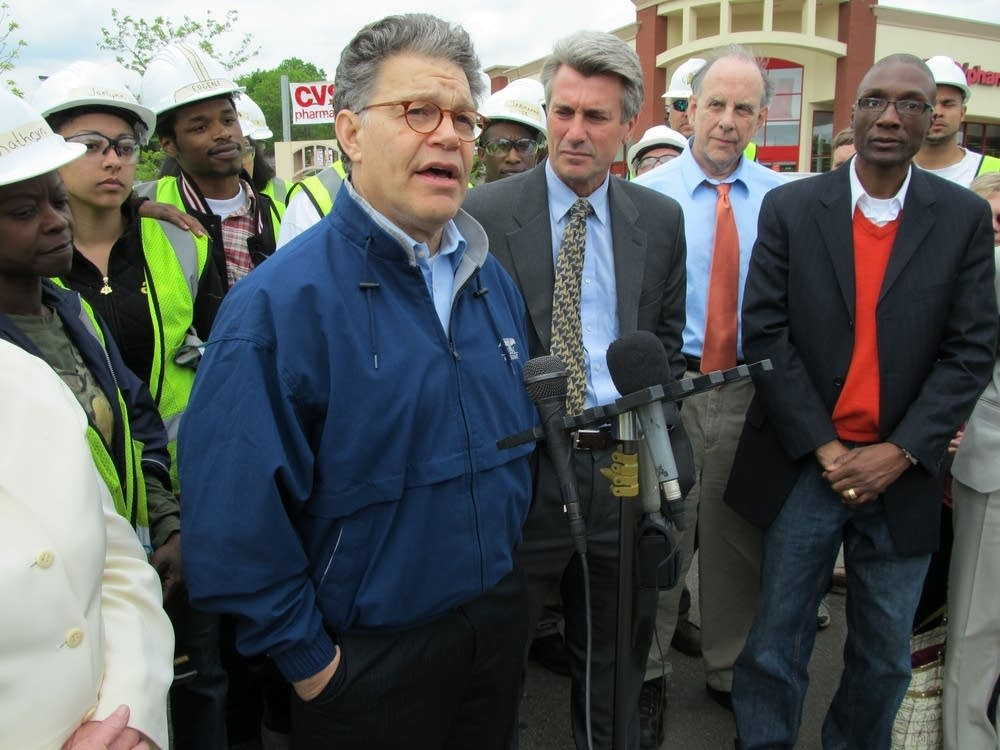 Sen. Franken tours north Minneapolis
