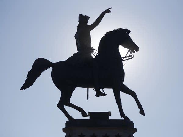 A statue of George Washington