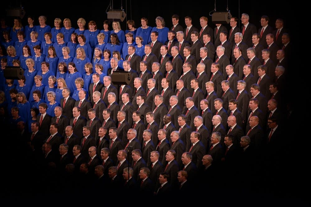 Women and Men of the Mormon Tabernacle Choir