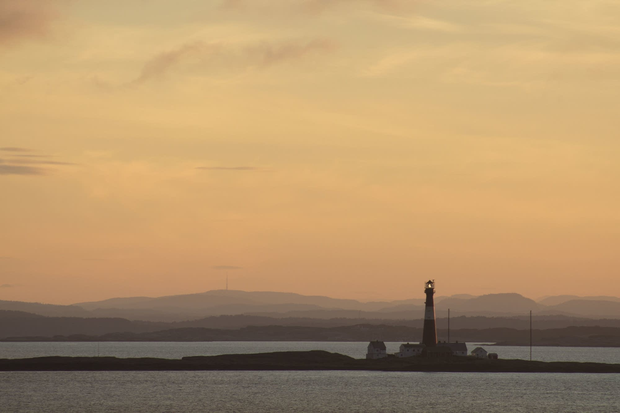 North Sea - 02 - sunset and lighthouse