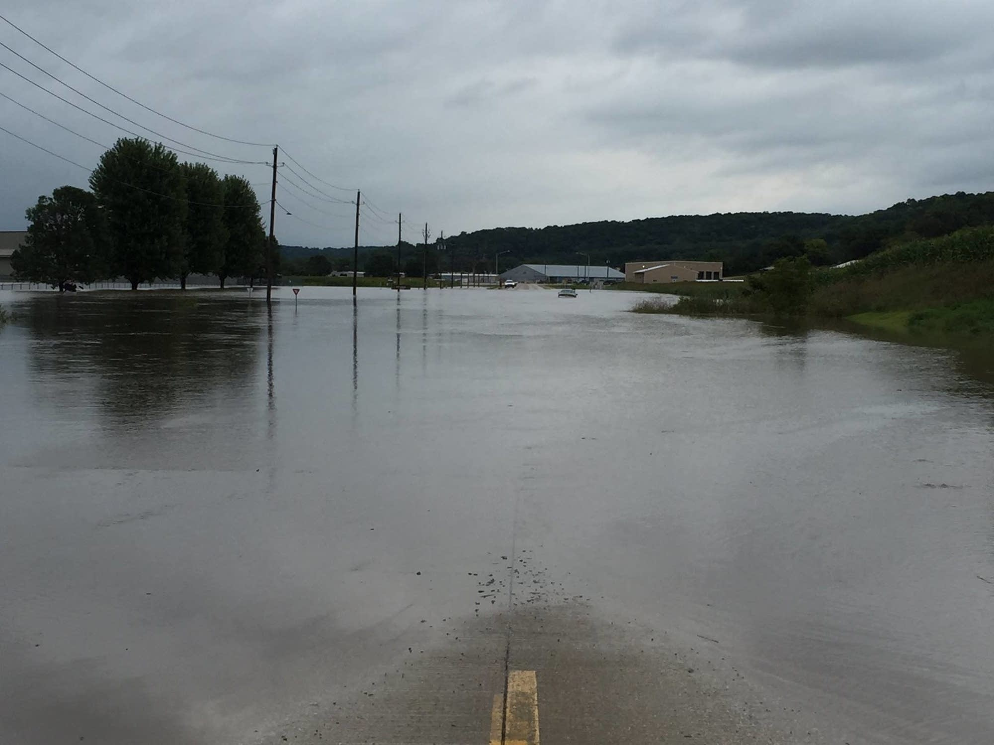 Iowa city flooding pictures