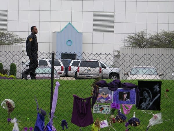 Security guard at Paisley Park