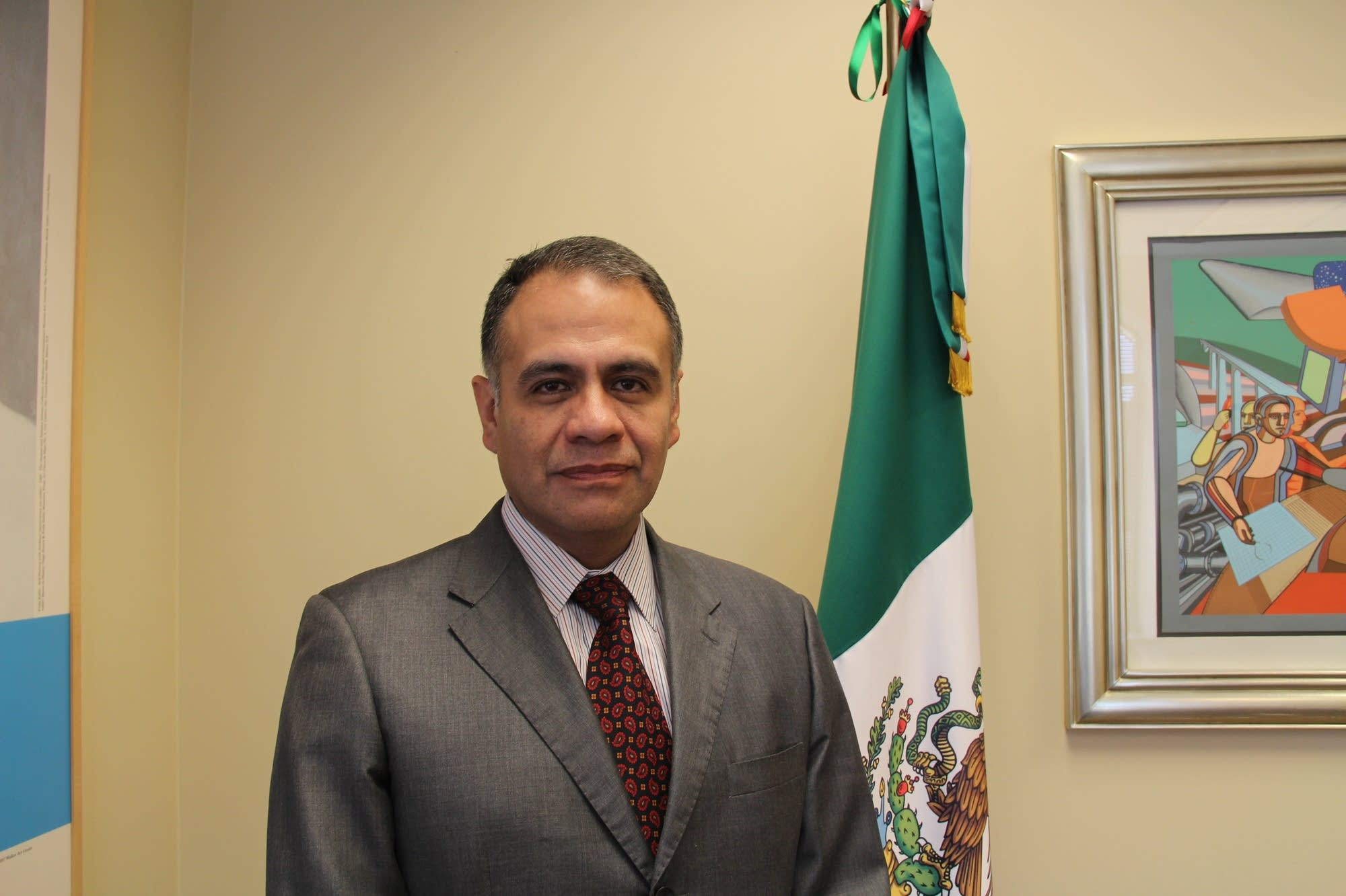 Gerardo Guerrero, the Consul of Mexico in St. Paul.