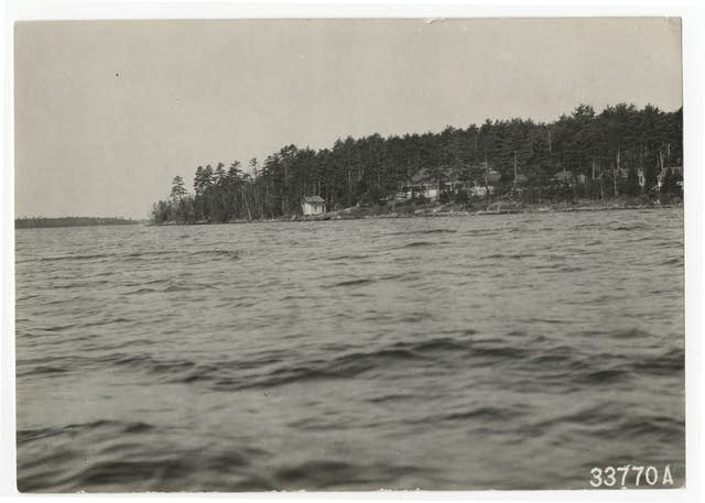 Idlewild Hotel on Lake Vermilion, circa 1925.
