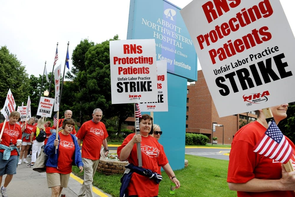 Nurses picket