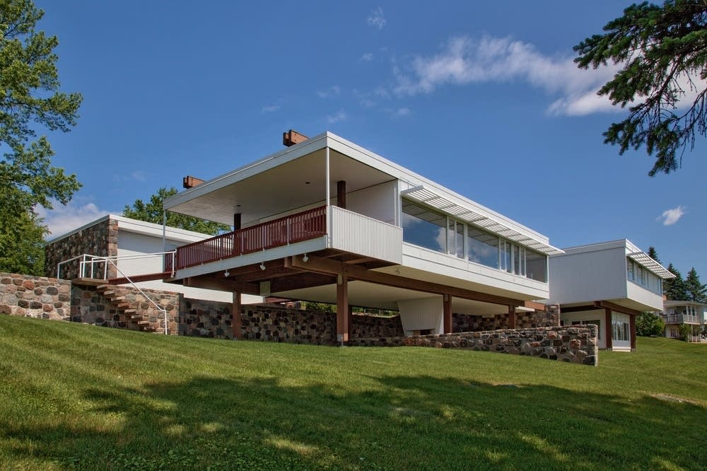 Mid century modern architecture in minnesota minnesota for Building a house in minnesota