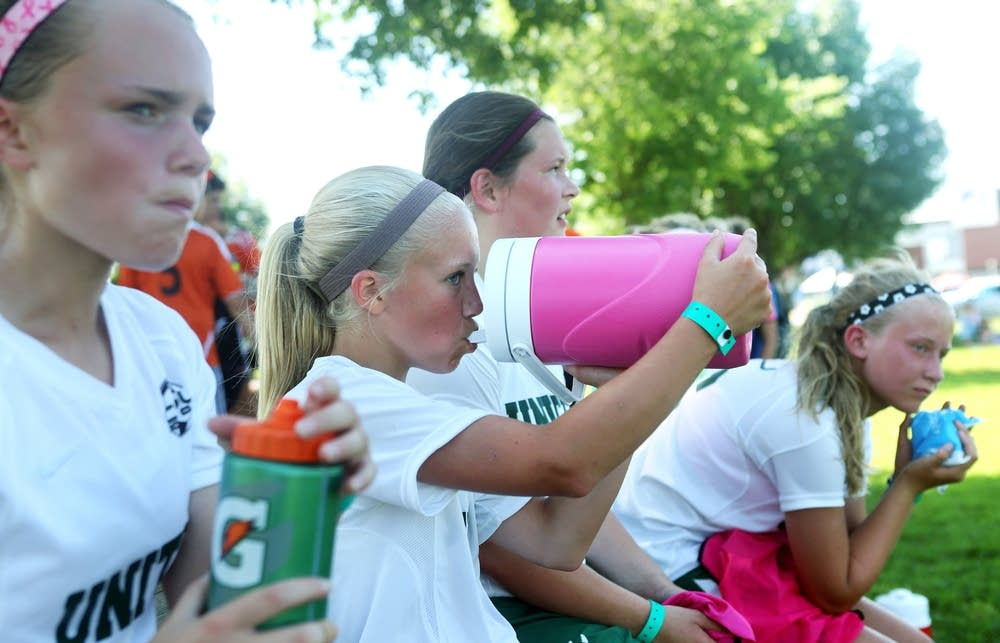 Hydrating during a game
