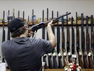 Gun shopper