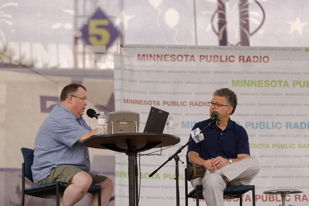 Sen Al Franken On Stage For Mpr Day At The Minnesota State Fair - Al-franken-draws-us-map