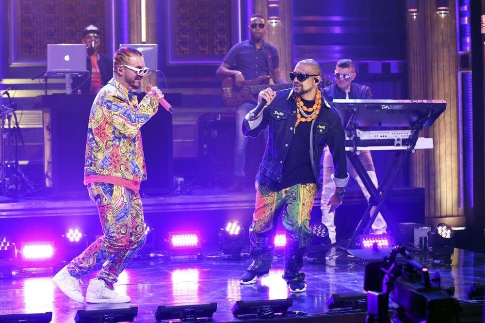 Sean Paul & J Balvin perform on The Tonight Show Starring Jimmy Fallon
