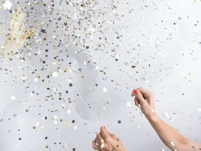 8a65fa 20160715 confetti filled balloon