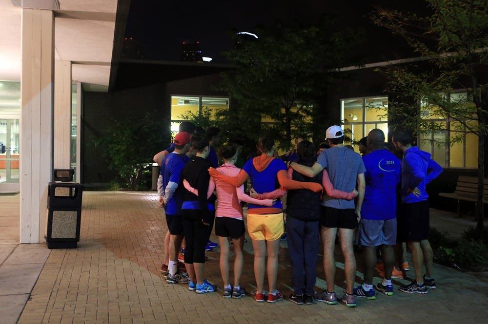 Pre-run huddle