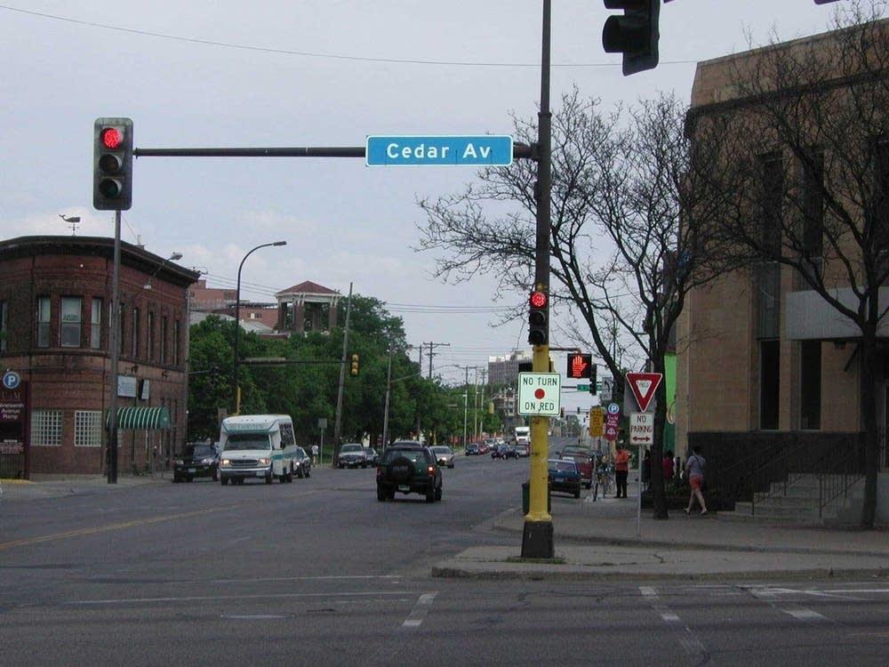 Cedar Ave.