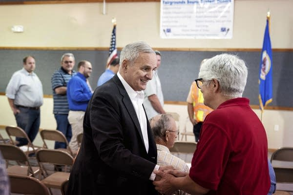 Minnesota Gov. Mark Dayton meets with Murray County officials