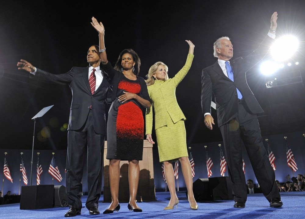 Obama, Biden and their wives wave to supporters