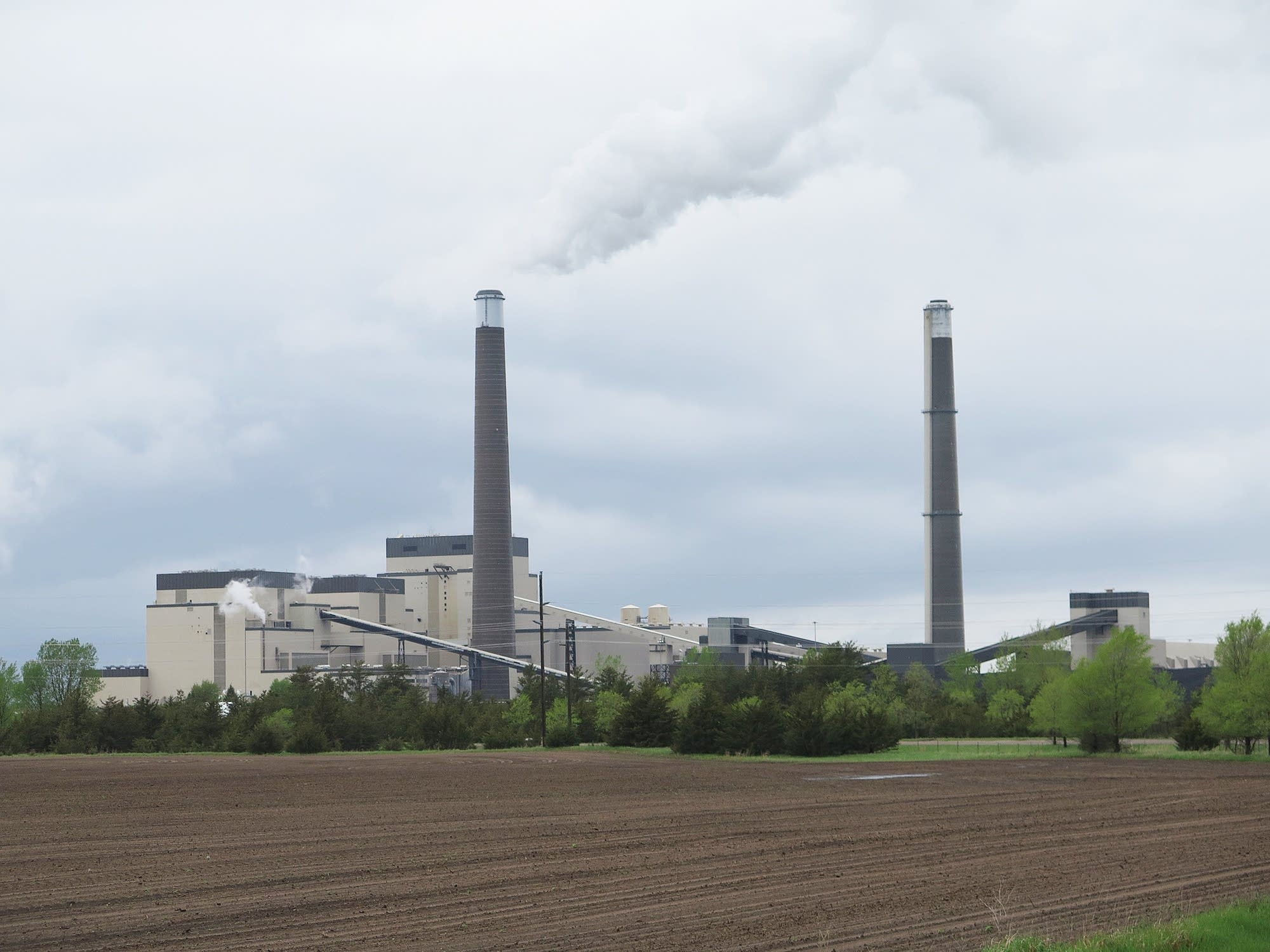 The Sherburne County Generating Station dominates the skyline.