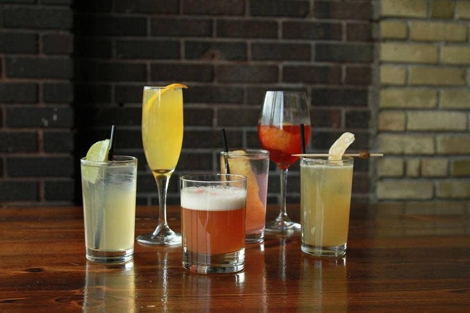 Cocktails at Eat Street Social