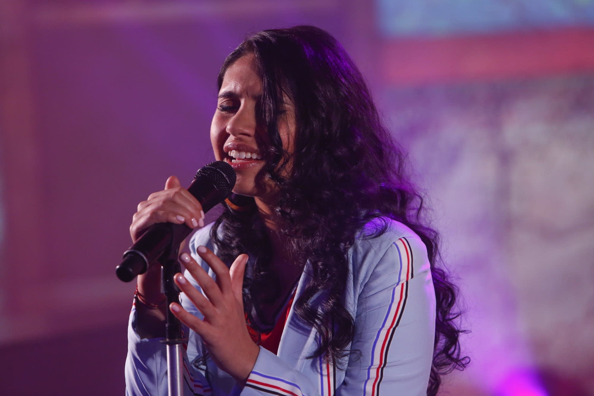 Alessia Cara performs on 'Jimmy Kimmel Live!'