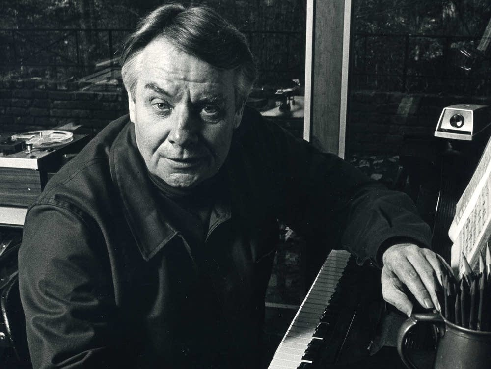 Conductor Robert Shaw
