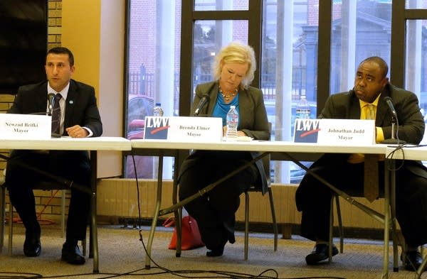 Moorhead mayoral candidates participate in a forum.