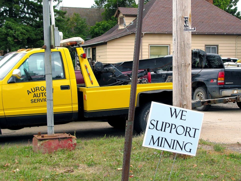Town supports mining