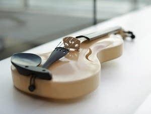 Silk violin