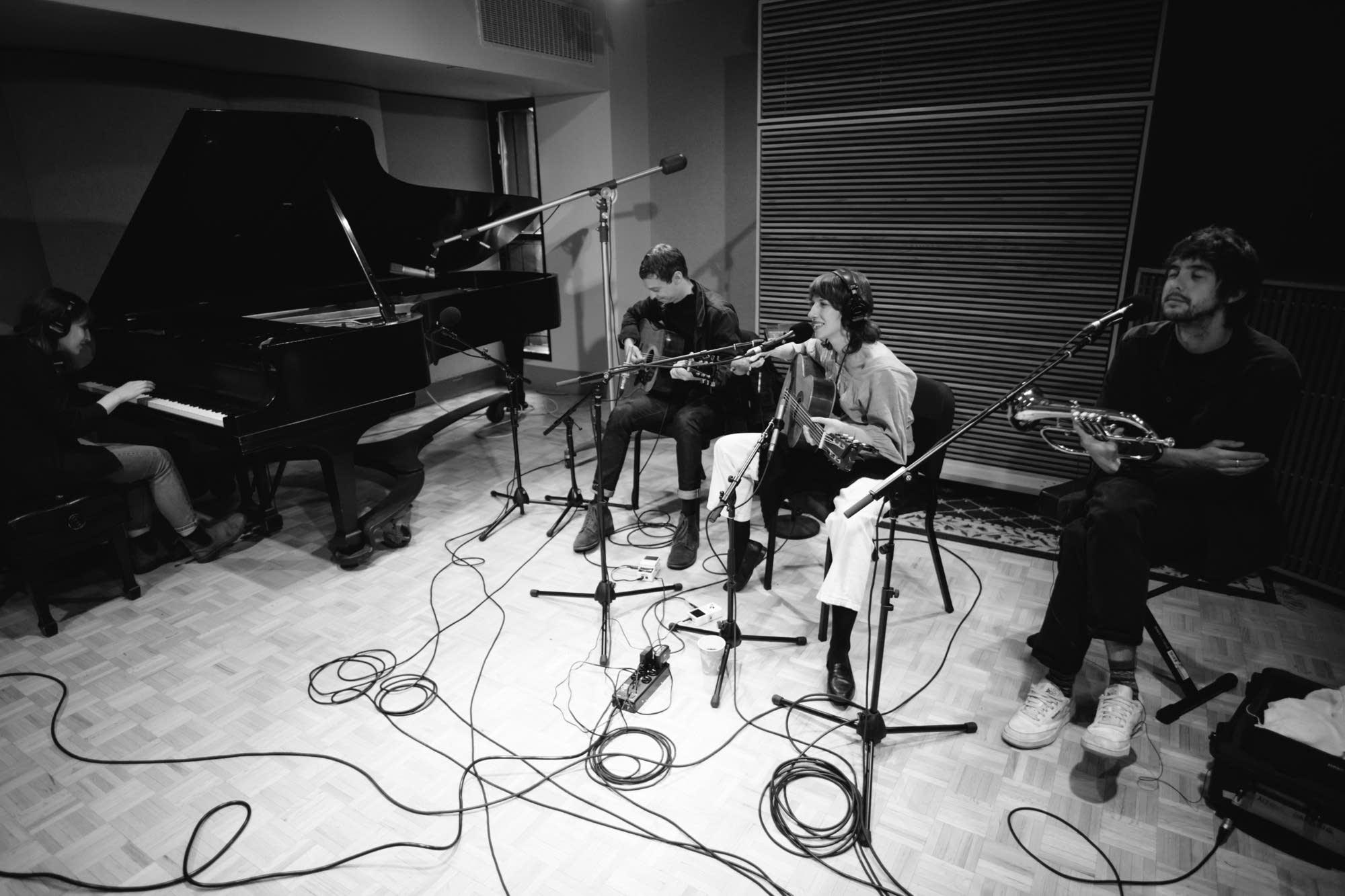 Aldous Harding performing in The Current studio