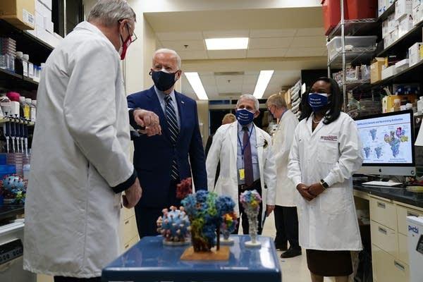 President Joe Biden visits the Viral Pathogenesis Laboratory at the NIH.