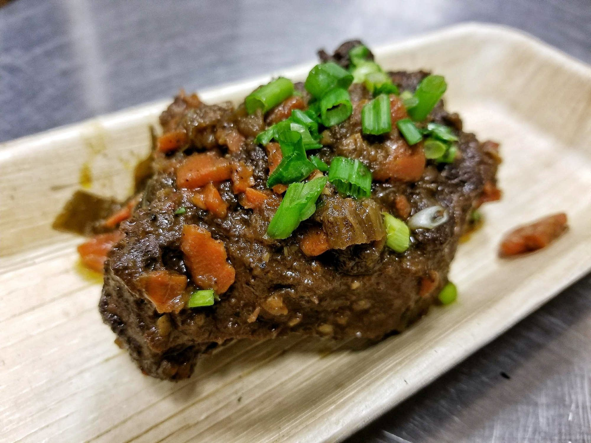 Caribbean oxtails