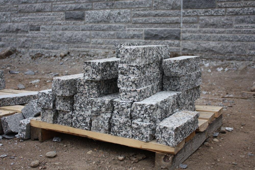 Granite veneers