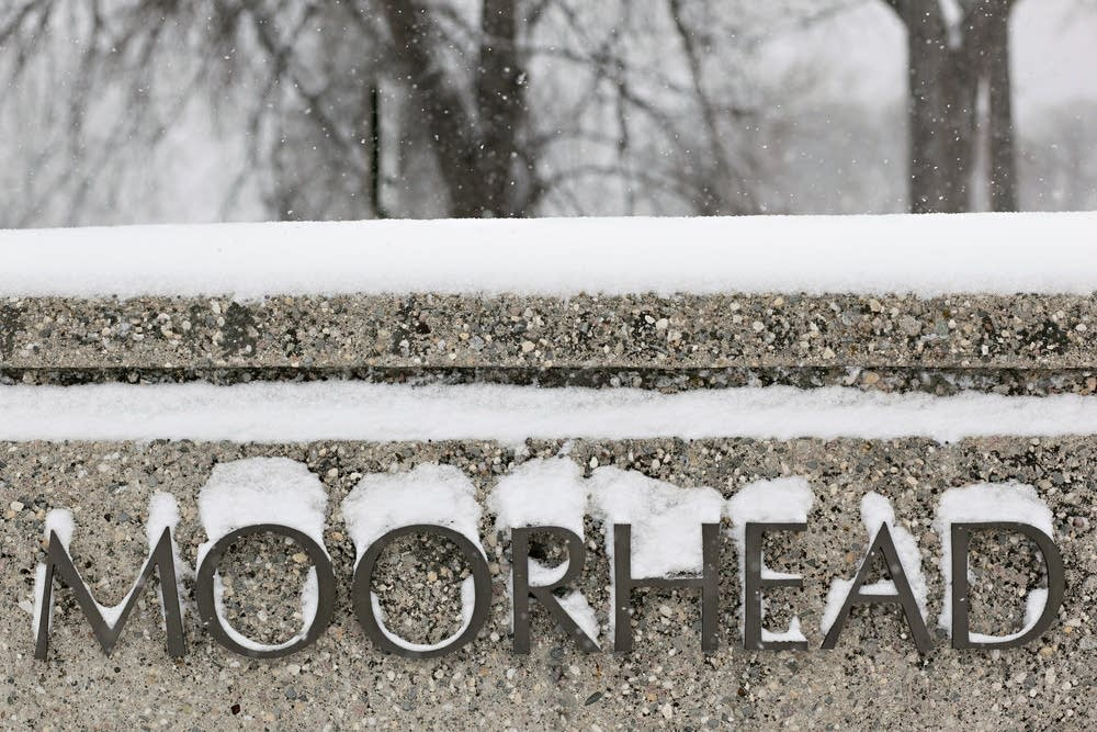 Schools in Moorhead are closing early.