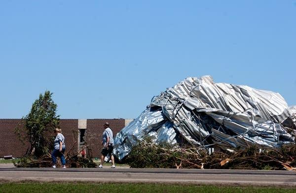 Devestating tornado hits Wadena