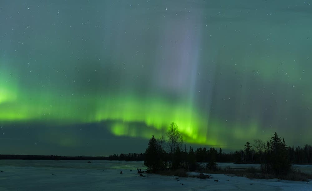 Strong chance of northern lights tonight across minnesota for Chance of seeing northern lights tonight