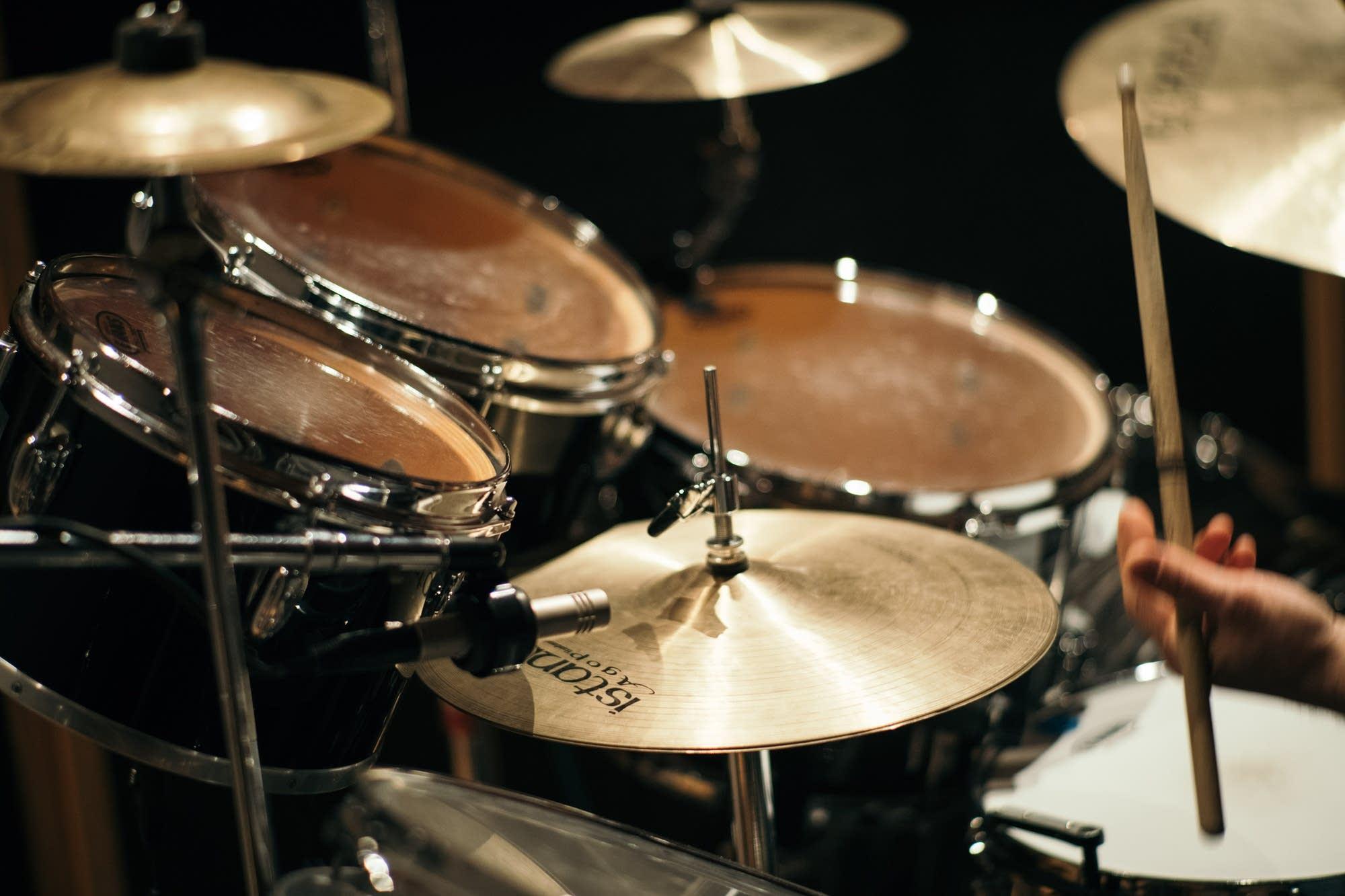 The Claypool Lennon Delirium perform in The Current studio