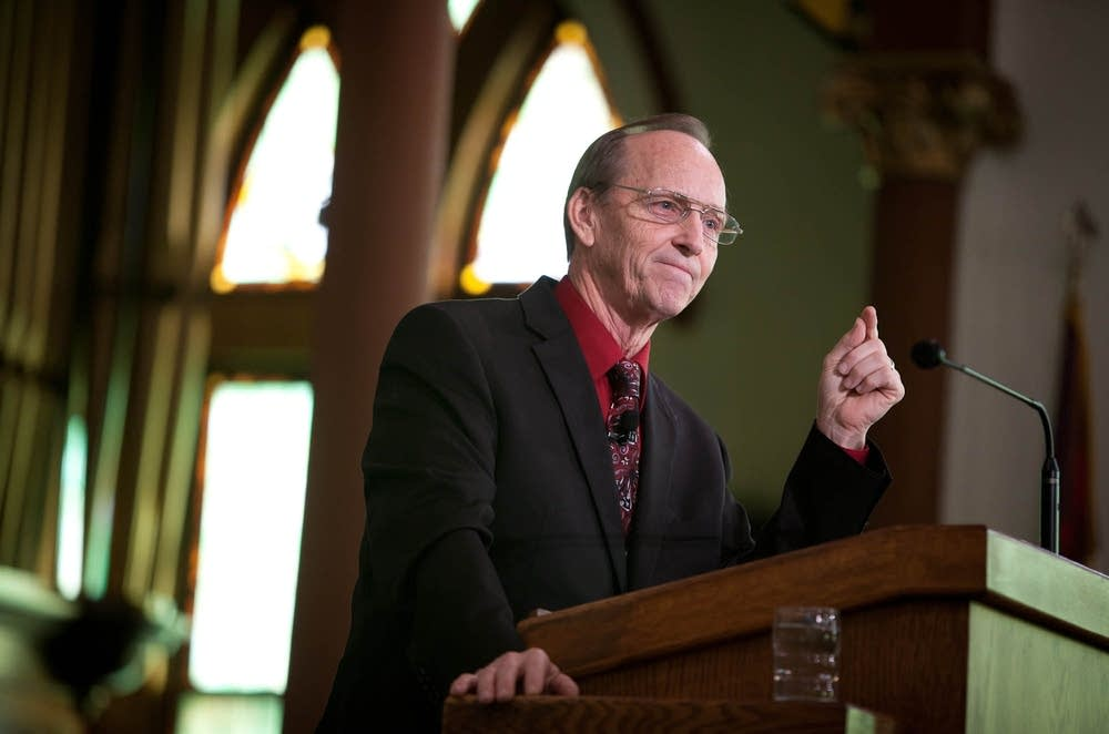 Pastor Marcus Moffitt