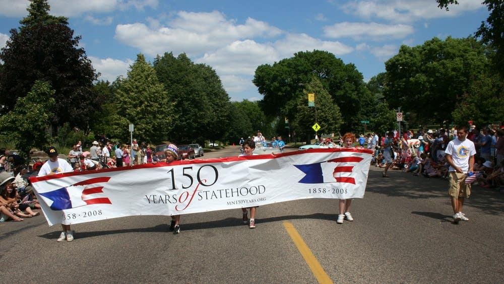 Minnesota sesquicentennial parade