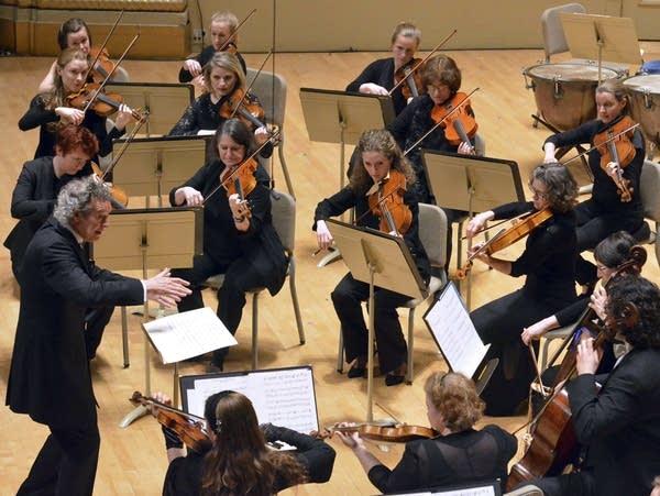 The Handel & Haydn Society performs Mozart's
