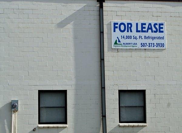 An empty warehouse in Albert Lea.  (MPR Photo/Elizabeth Baier)