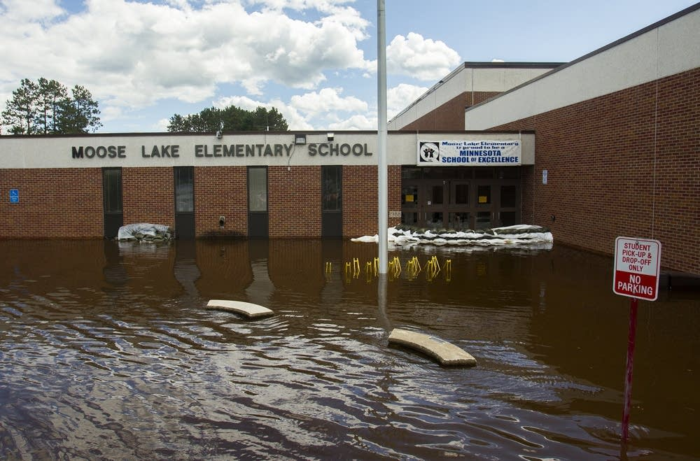 Moose Lake Elementary School